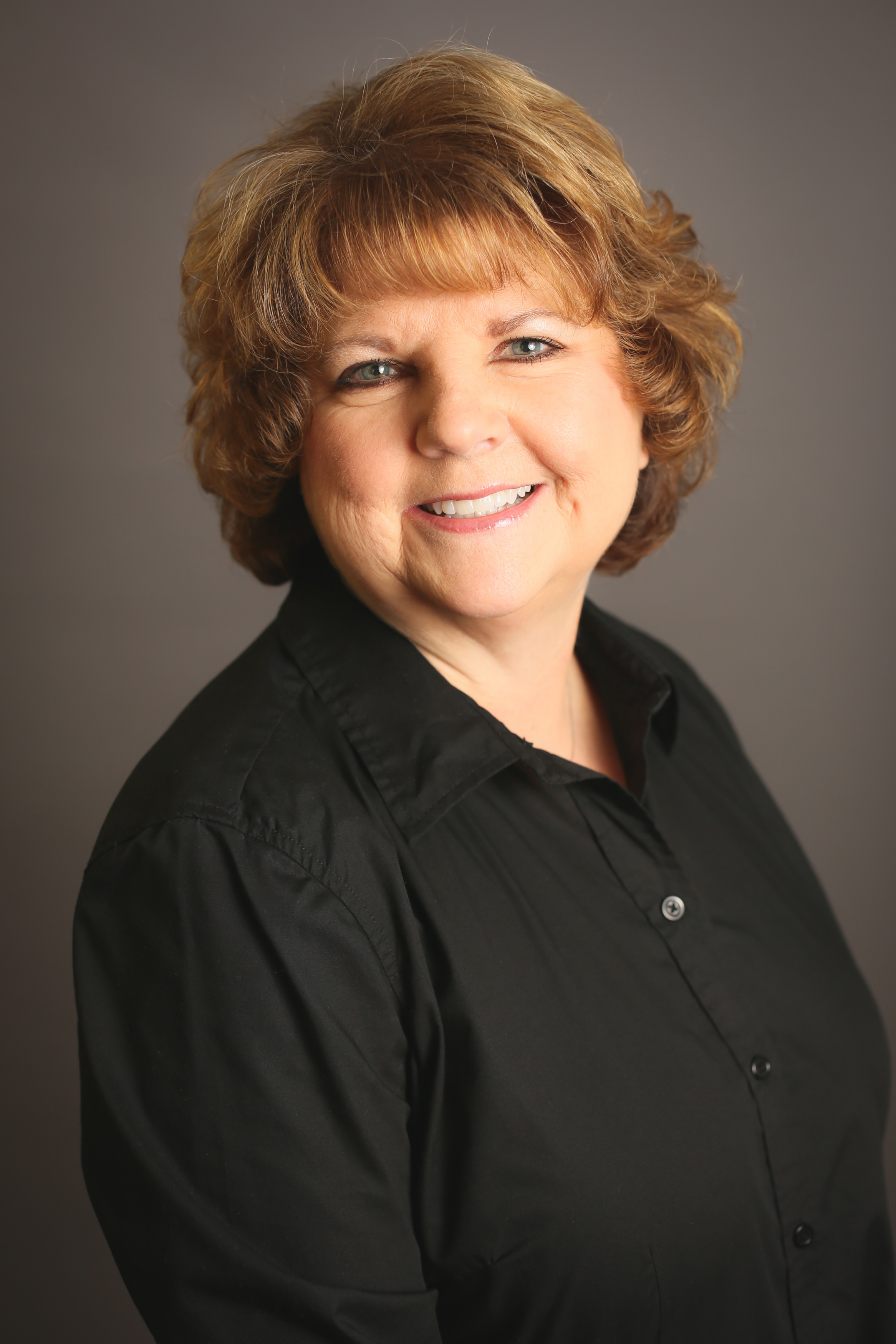 Training: Expanded Functions Dental Assistant<br> Deborah has over 25 years experience in the dental field. Deborah loves cooking - gardening and canning.